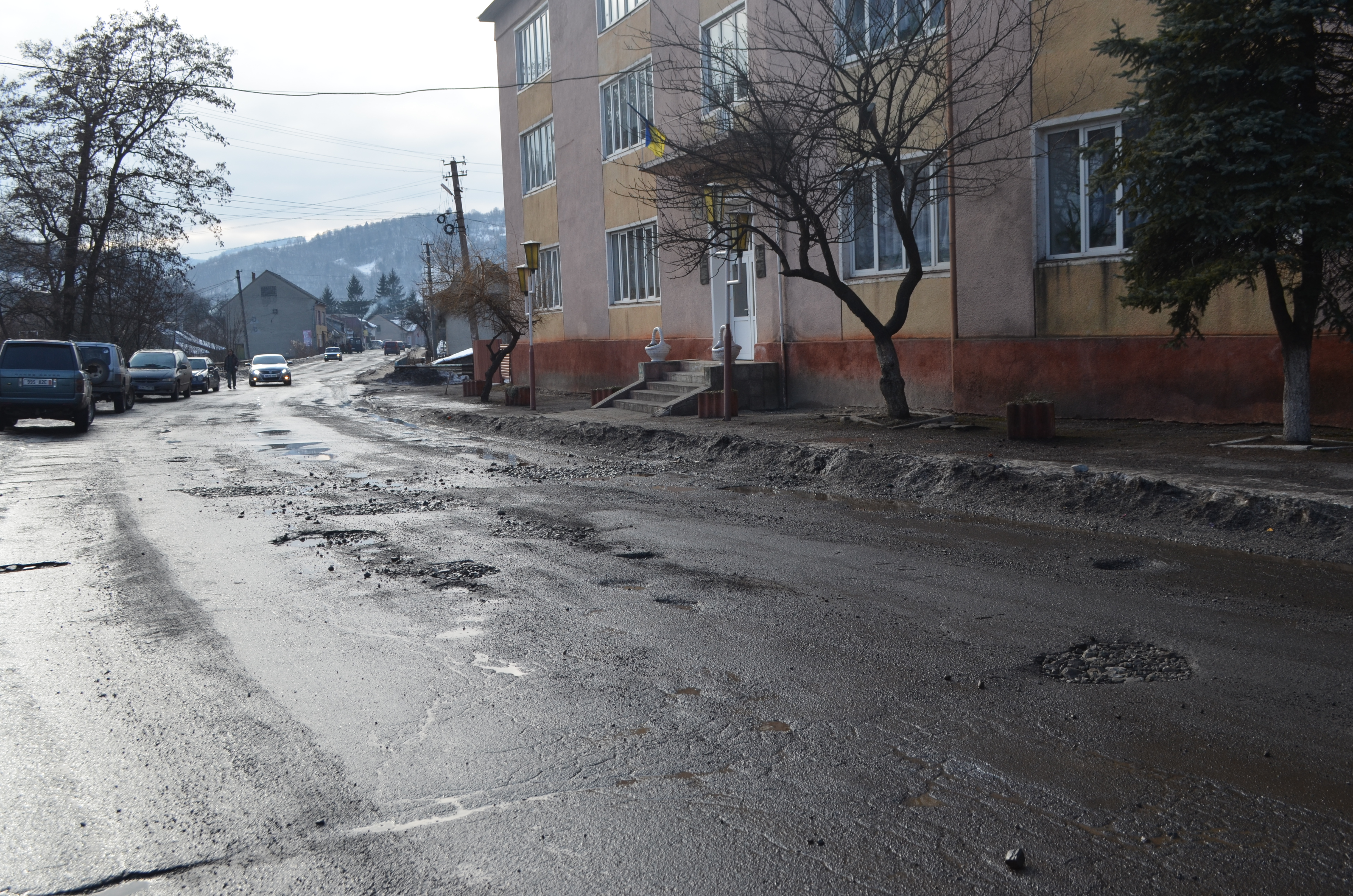 The Н-09 road in Transcarpathia: no chances for quick repairs